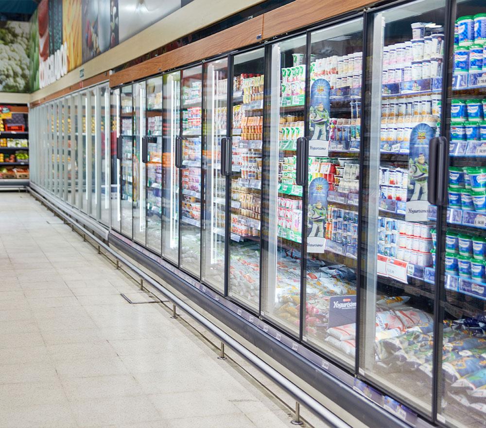Wandkühlregale für Supermärkte, Tankstellen und Restaurants | KKL Klimatechnik